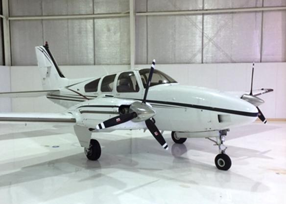 Beechcraft-Baron-1-hangar-NoN.png